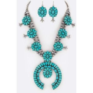 Western Turquoise Squash Blossom Necklace Set